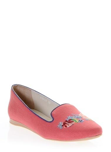 Ayakkabı-Hotiç